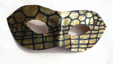 Exclusive  Gold Leaf Leather Mask (1)